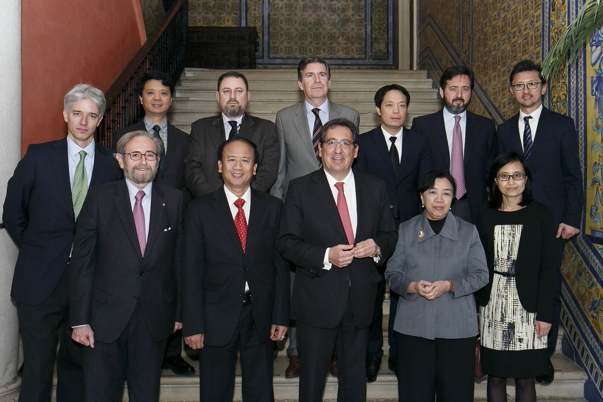 Antonio Pulido en el encuentro de embajadores ASEAN en la Fundación Cajasol