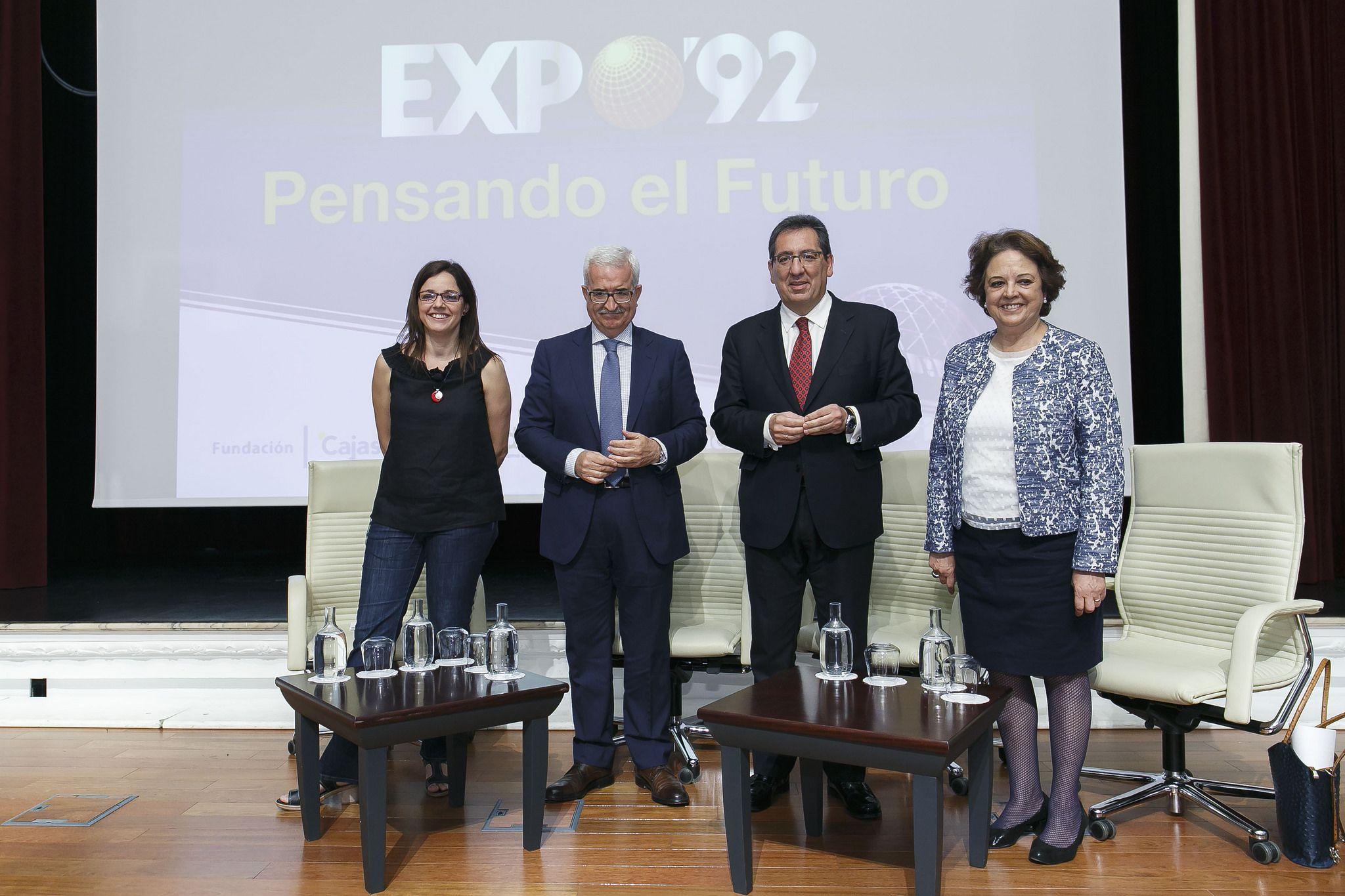 Antonio Pulido en la Jornada Expo 92: Pensando el Futuro de la Fundación Cajasol y Eldiario.es