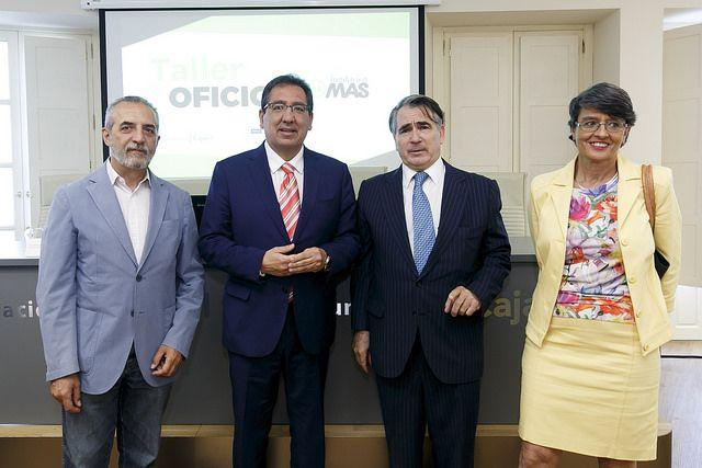 Antonio Pulido, presidente de la Fundación Cajasol en la Clausura del programa 'Taller de oficios' de la Fundación MAS con la colaboración de Bankia