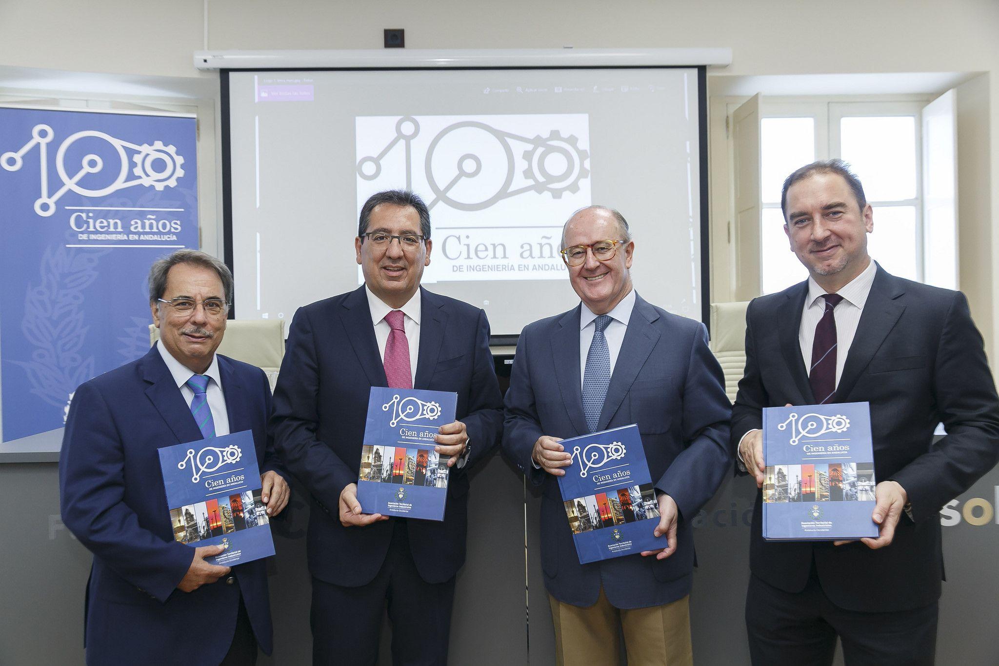 Presidente de la Fundación Cajasol en la presentación del libro del centenario de la Asociación de Ingenieros Industriales