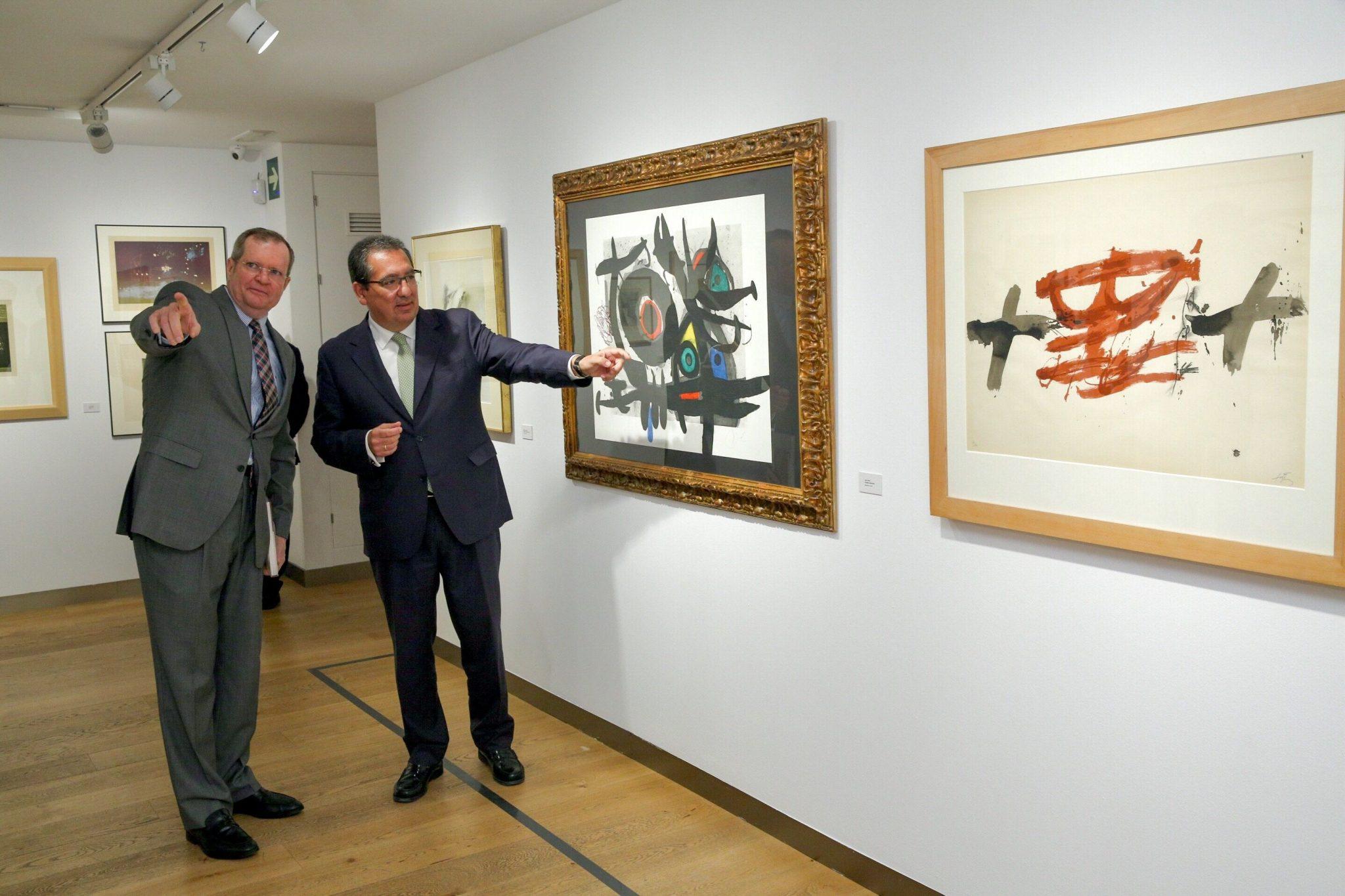"""Hoy hemos inaugurado la exposición """"Obra gráfica en la Colección de la Fundación Cajasol"""", que expone el patrimonio gráfico de la institución."""