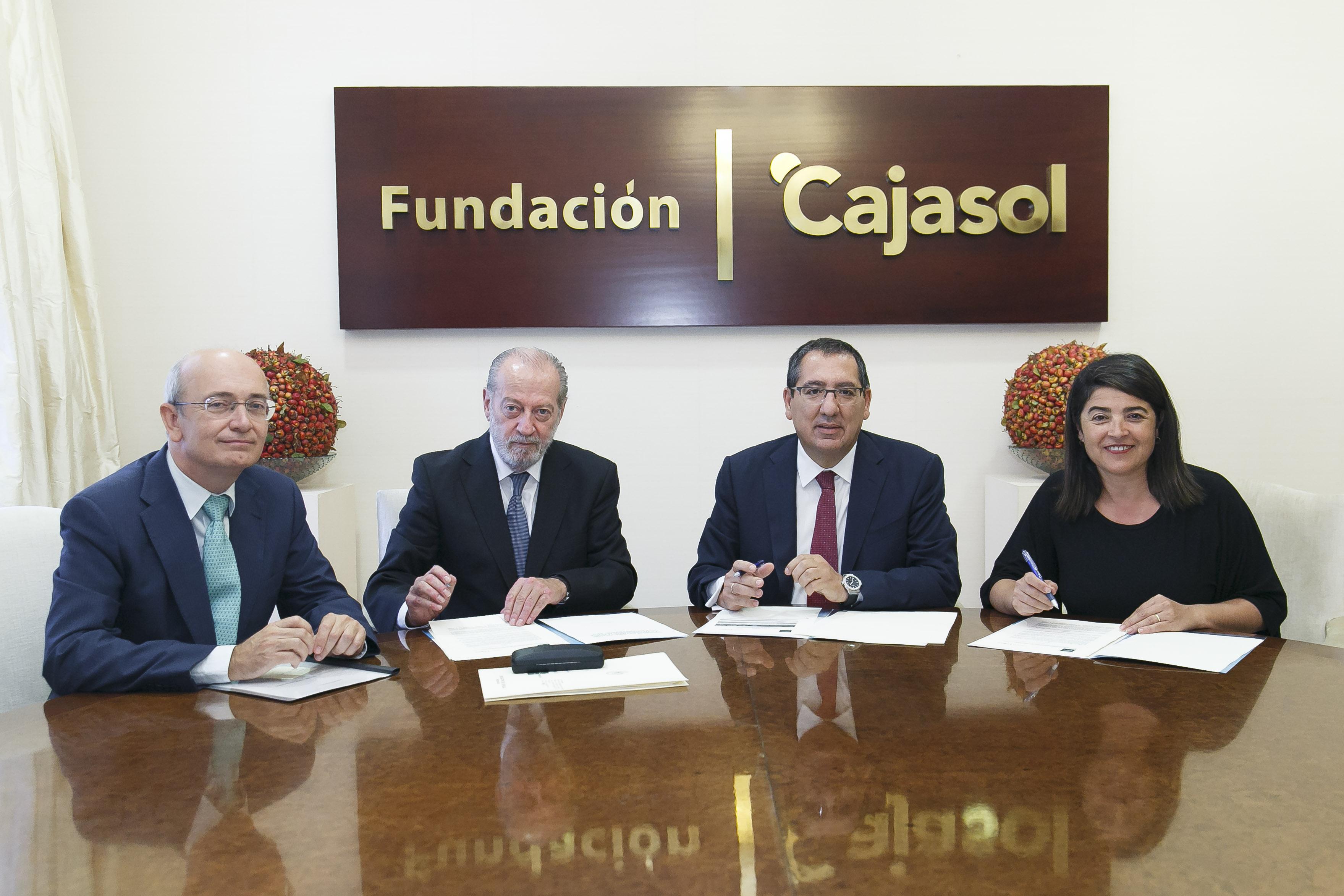 La Fundación Cajasol y la Diputación acuerdan la puesta en marcha de un proyecto en el ámbito de la simulación de empresas.