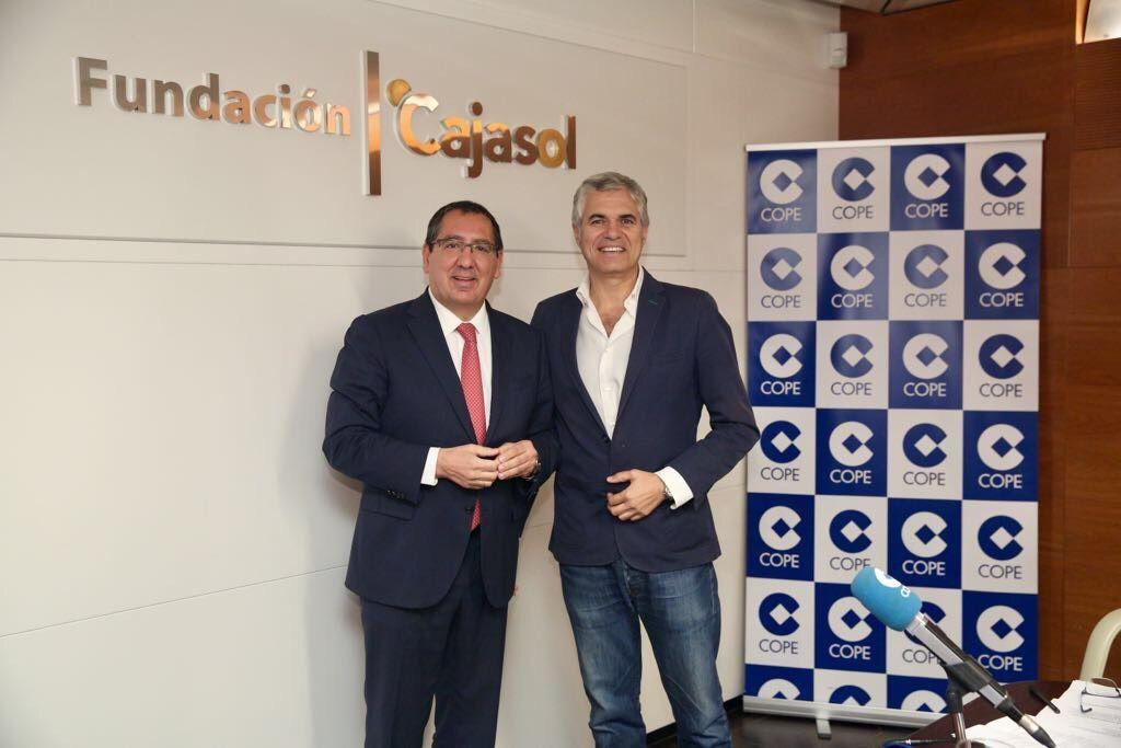 Con Agustín Bravo en la entrevista para Herrera en Cope