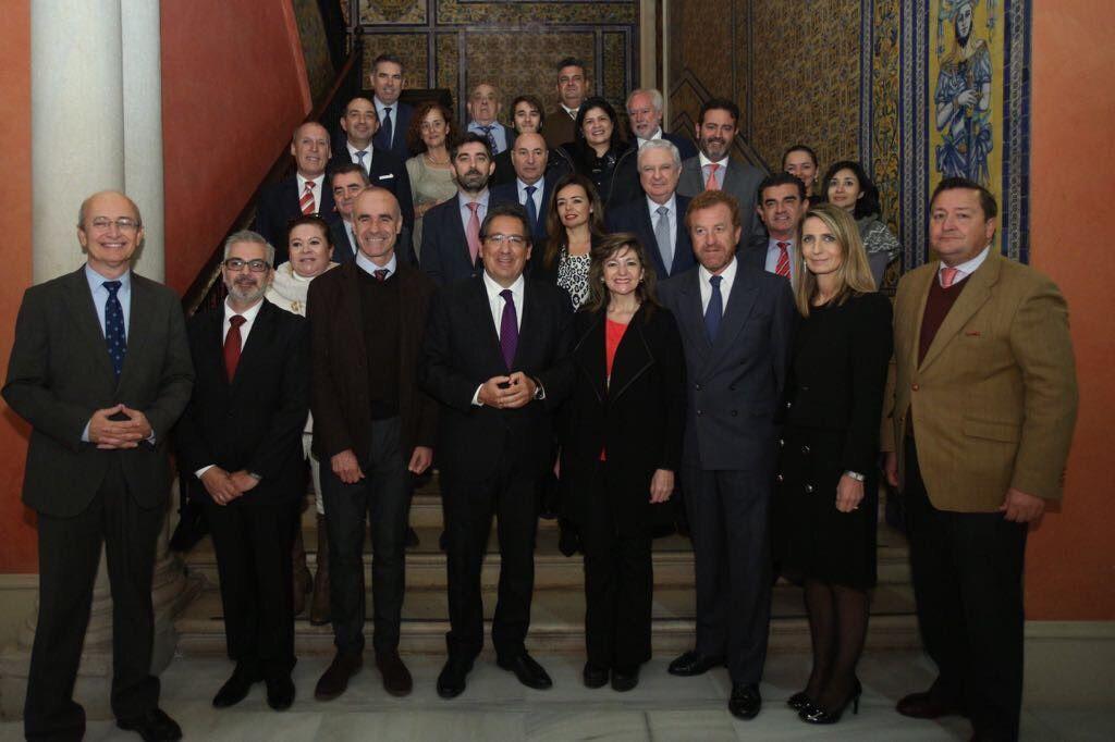 La Ministra de Turismo de la República de Paraguay, Marcela Bacigalupo, ha visitado hoy la sede de la Fundación Cajasol, compartiendo los principales atractivos de su país.