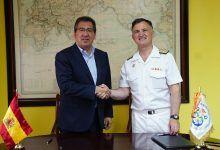 La Fundación Cajasol y la Armada refuerzan su alianza
