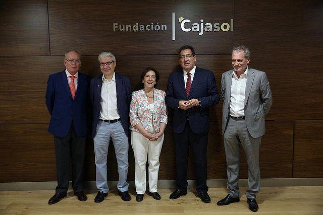 Mesa Redonda Noticias falsas Mentiras y desinformacion interesadas en Sevilla