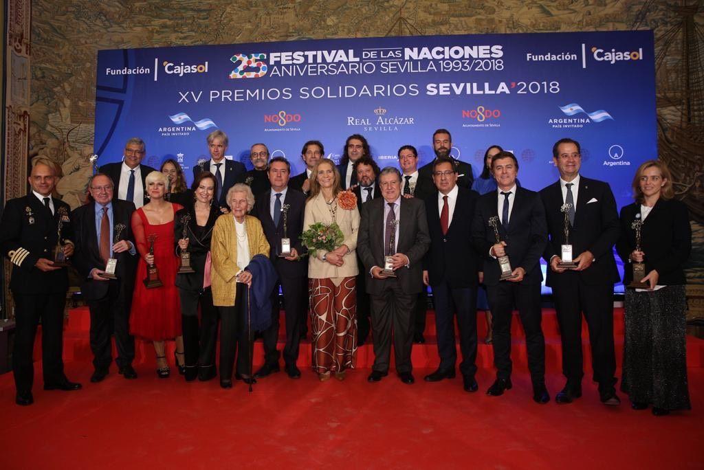 Premios Solidarios Festival de las Naciones con la Infanta Doña Elena