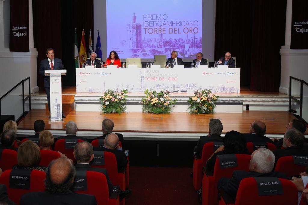Mesa Premio Iberoamericano Torre del Oro