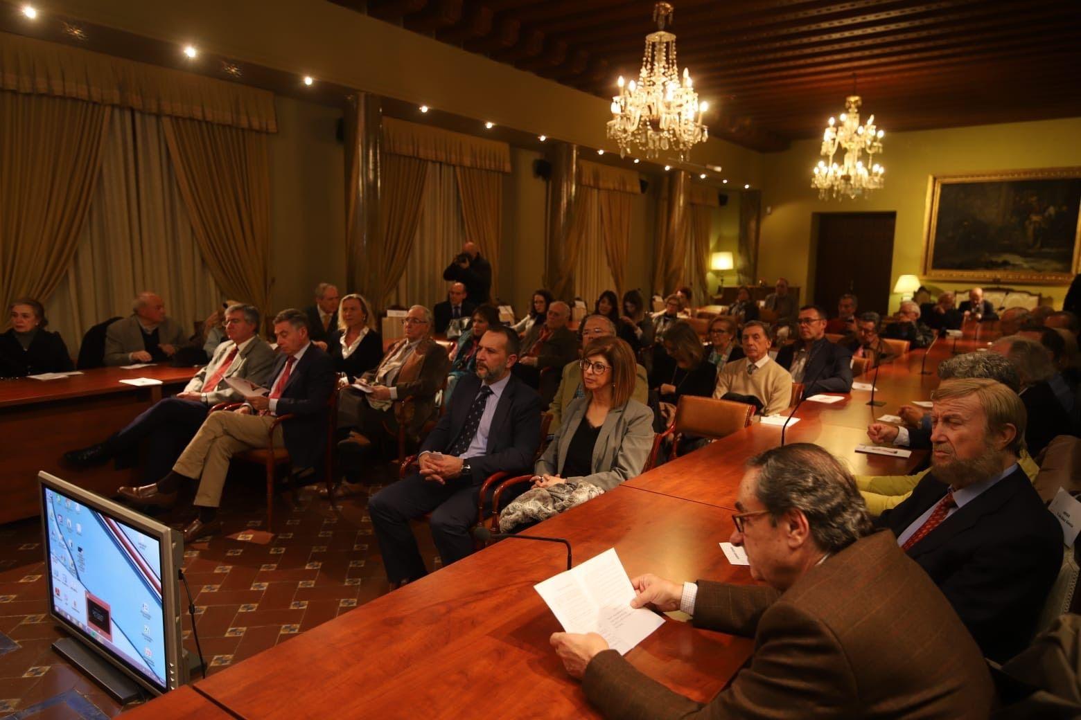 Asistentes a la apertura del curso de la Real Academia de Córdoba