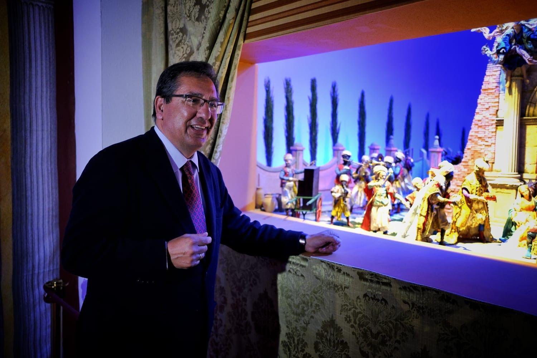 Antonio Pulido en el Belén de Cajasol en Cádiz