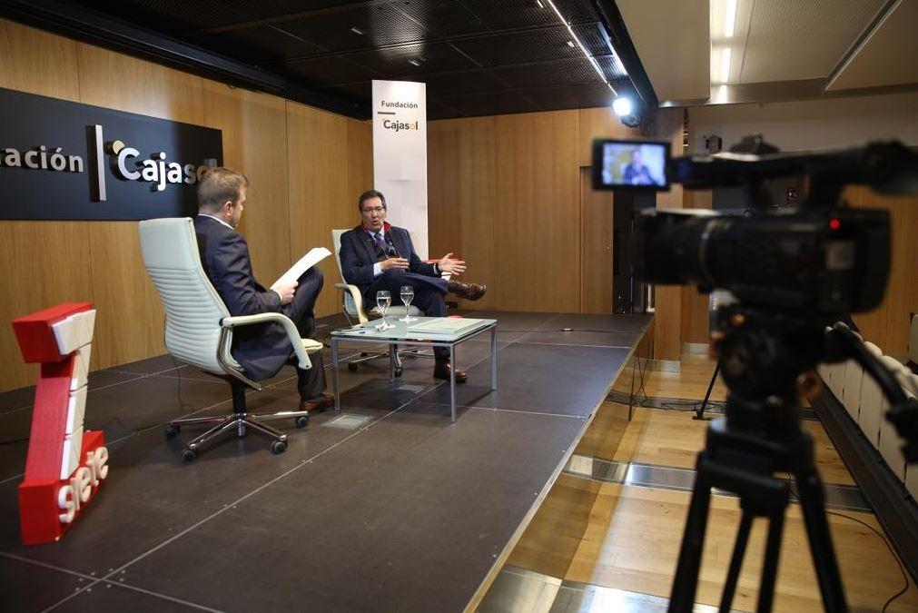 Entrevista a Antonio Pulido en la Fundación Cajasol