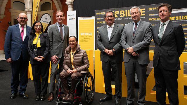 Cajasol - Jornada del Grupo Renault sobre Movilidad Sostenible