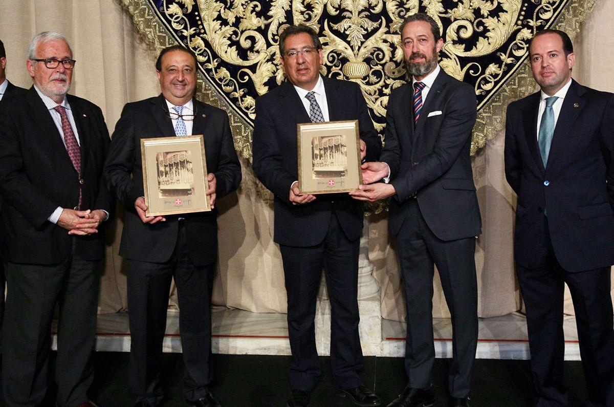 Amarguras. 100 años de la reinvención regionalista de Sevilla