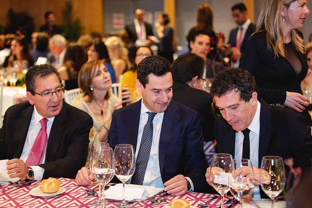 Antonio Banderas, Juan Manuel Moreno Bonilla y Antonio Pulido