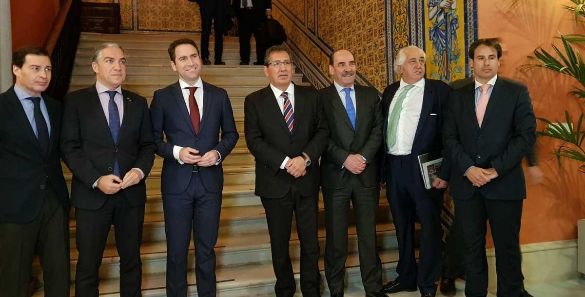 Encuentro Informativo de Europa Press con Teodoro García Egea en Sevilla
