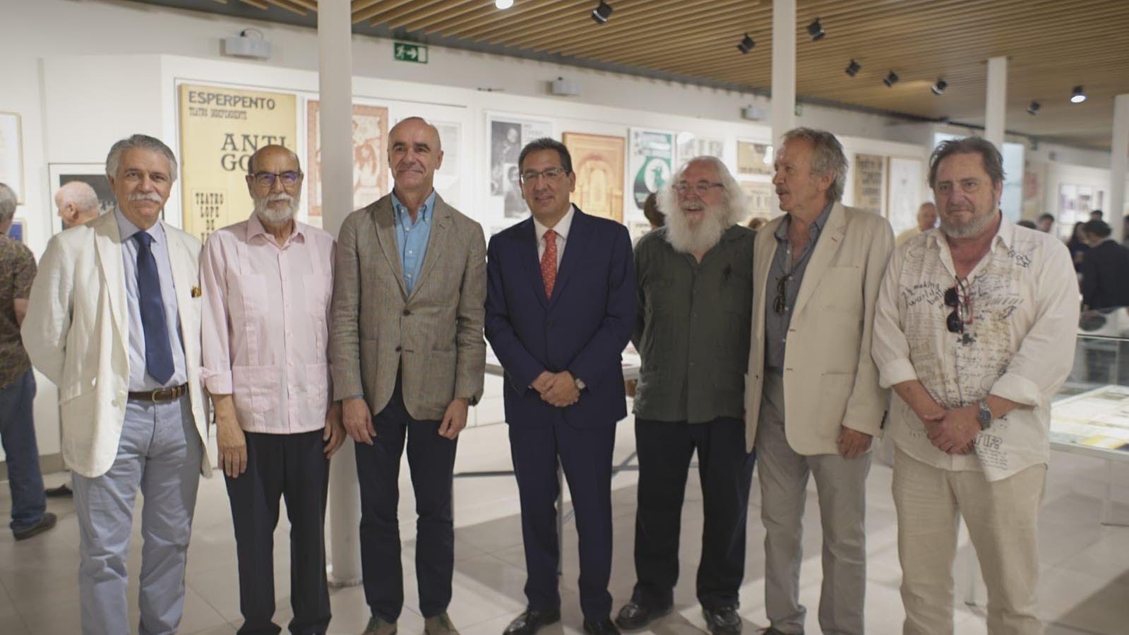 Exposición en Cajasol sobre el Teatro Lope de Vega