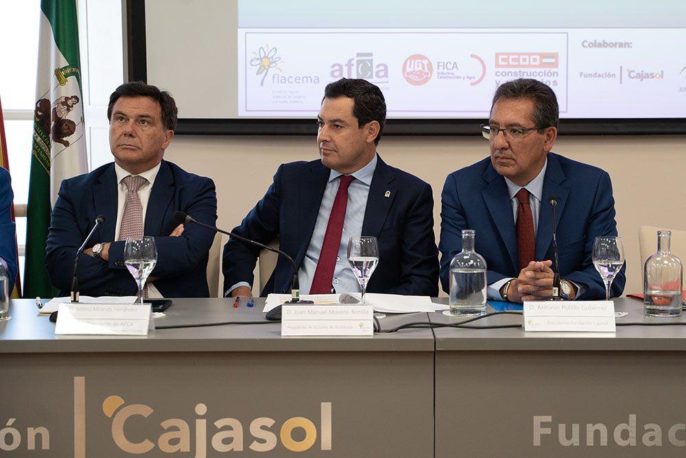 Firma del acuerdo de la industria del cemento por la economía circular
