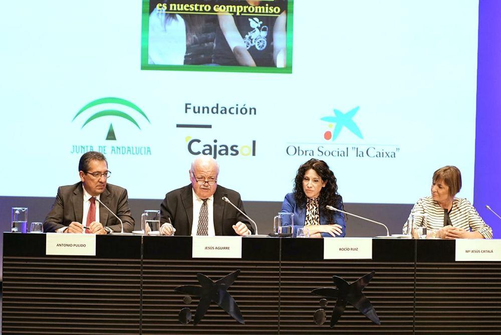 Antonio Pulido Presidente de la Fundacion Cajasol en presentacion de resultados con CaixaBank