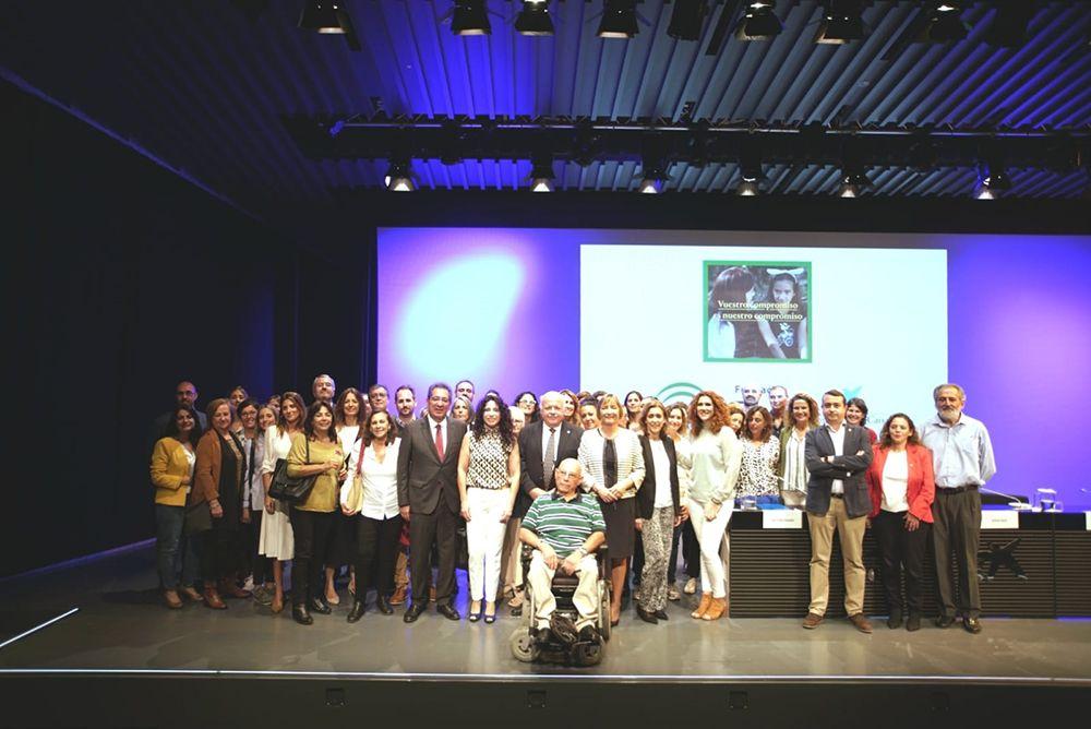CaixaBank y Cajasol - Programa ayuda a iniciativas sociales