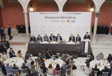 Desayunos Europa Press con Elías Bendodo