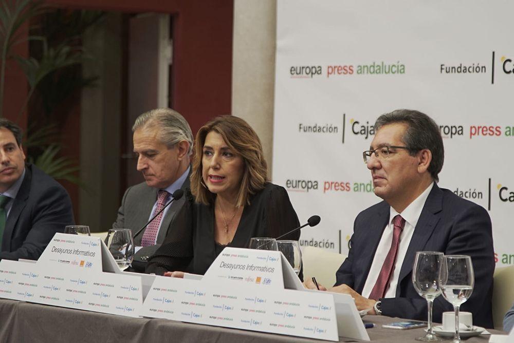 Susana Diaz en Fundacion Cajasol - Desayunos Informativos