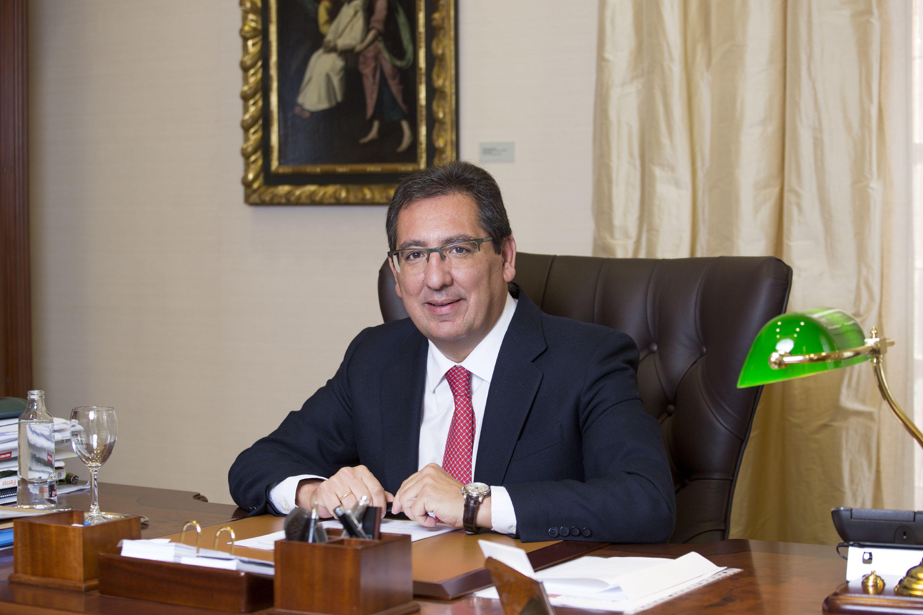 Trayectoria de Antonio Pulido Gutiérrez