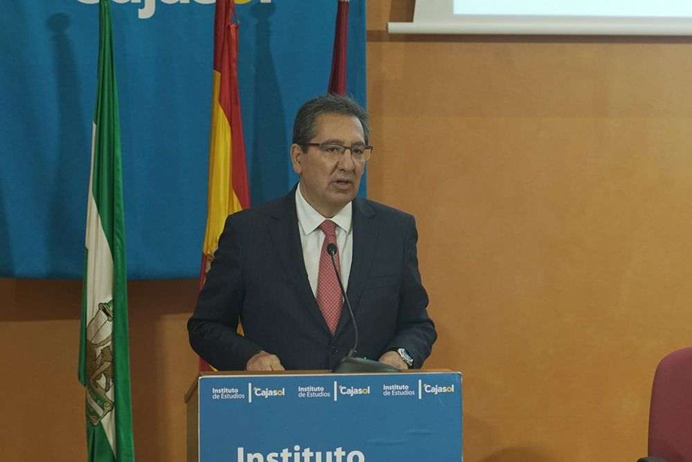 Antonio Pulido Gutiérrez inicio del curso académico