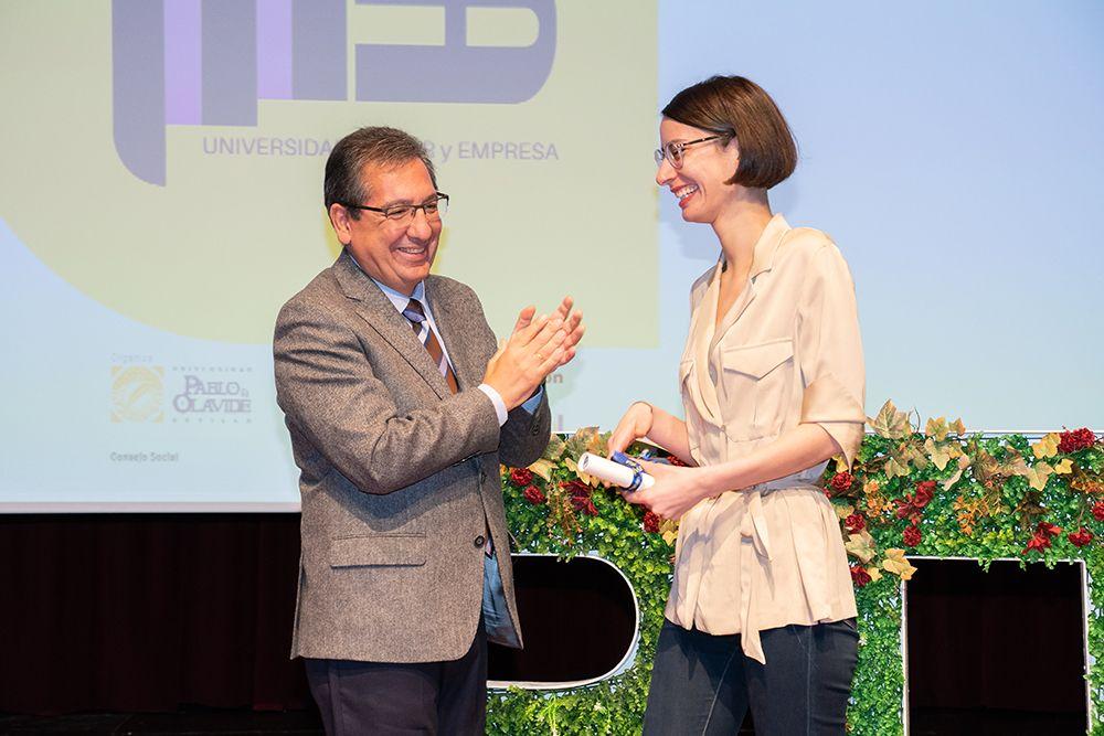 Antonio Pulido entrega Premios Roma a Mujer Emprendedora