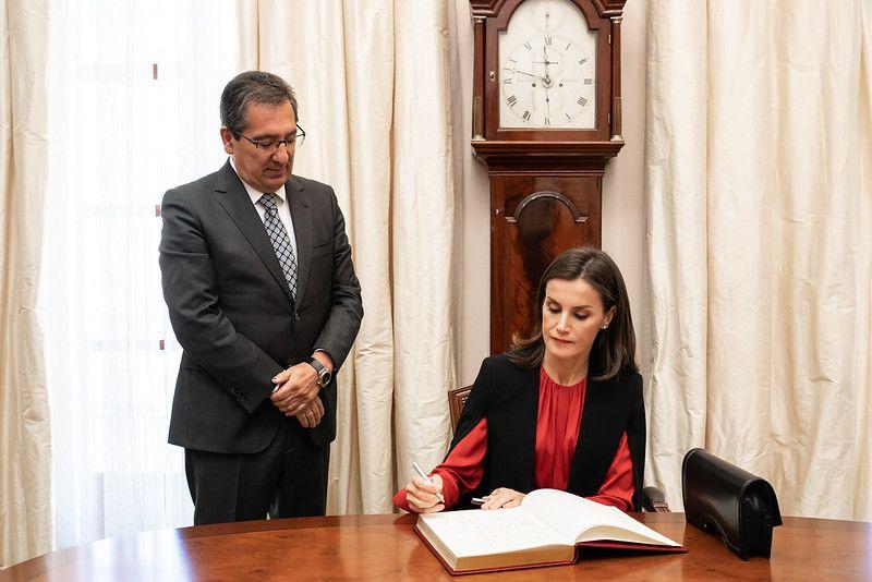 Su Majestad la Reina Doña Letizia en Fundación Cajasol