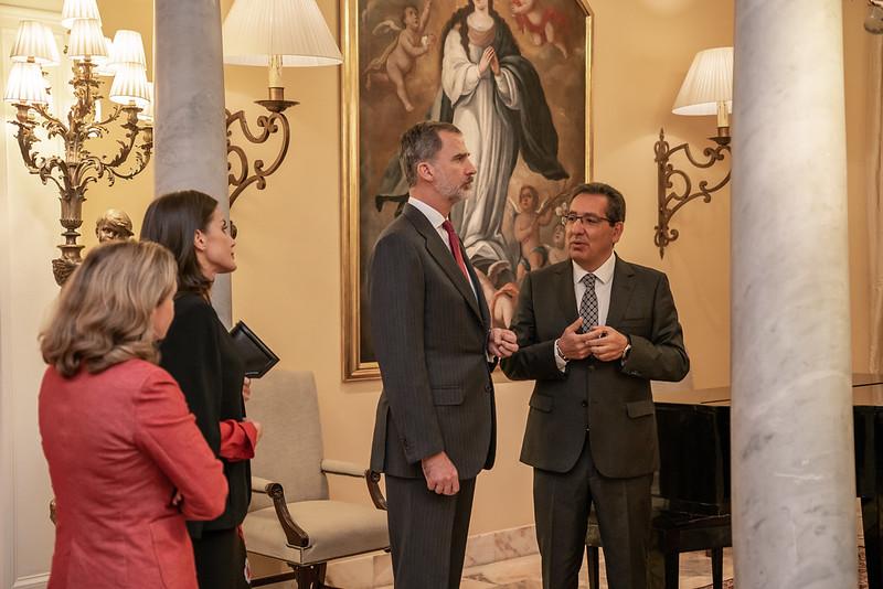 Visita de SSMM los Reyes de España a Fundación Cajasol