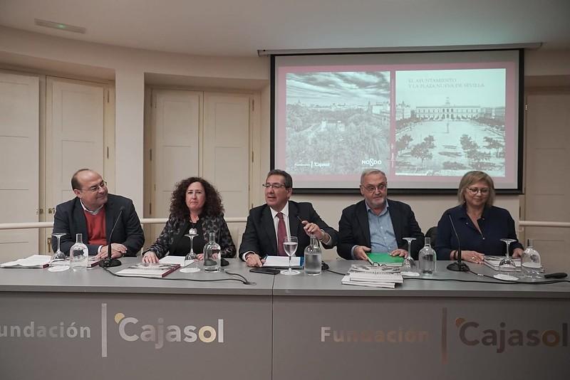 Presentación de libro en Fundación Cajasol