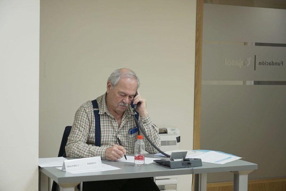Fundación Cajasol y Consejería de Igualdad ponen en marcha un teléfono para canalizar las demandas sociales de la ciudadanía.