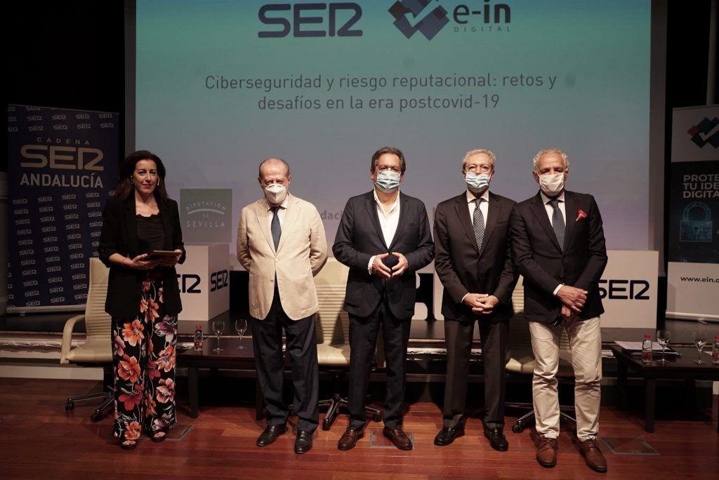 Riesgo reputacional y ciberseguridad, a debate en Cajasol