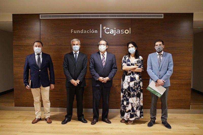 La Fundación Cajasol y la Fundación José Manuel Lara entregan los premios de la VII edición del concurso escolar 'Mi libro preferido'