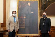 Fundación Cajasol entrega al Arzobispado de Sevilla una réplica del cuadro de Murillo 'Fray Pedro de Urbina'