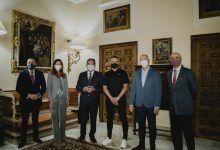 """""""Educación mano a mano"""": Javier Imbroda y Haze en la Fundación Cajasol"""
