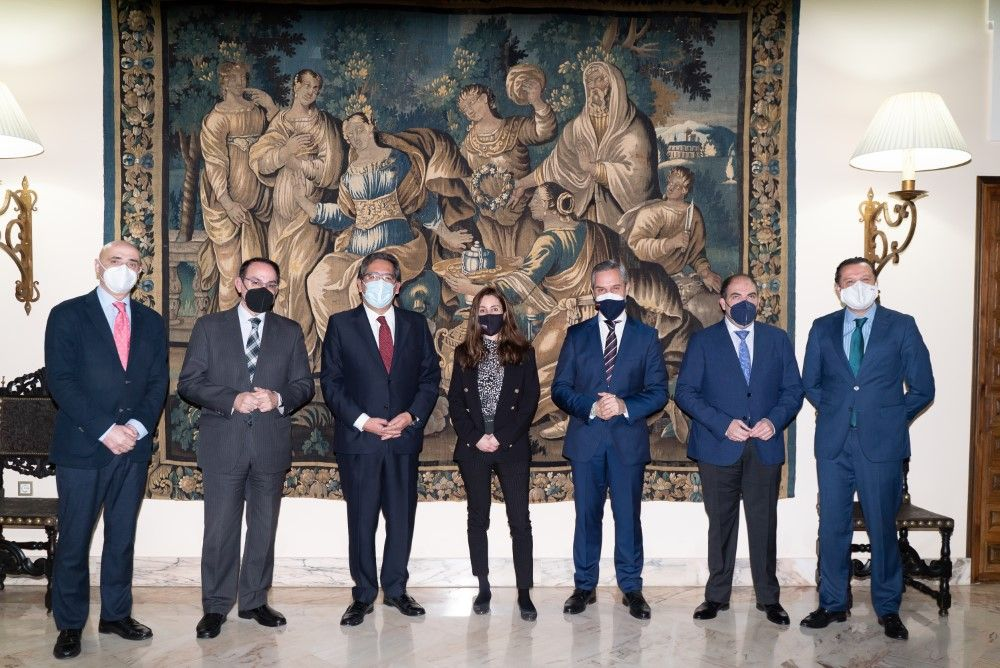 Consejero de Hacienda y Presidentes de CEA y ATA en Cajasol