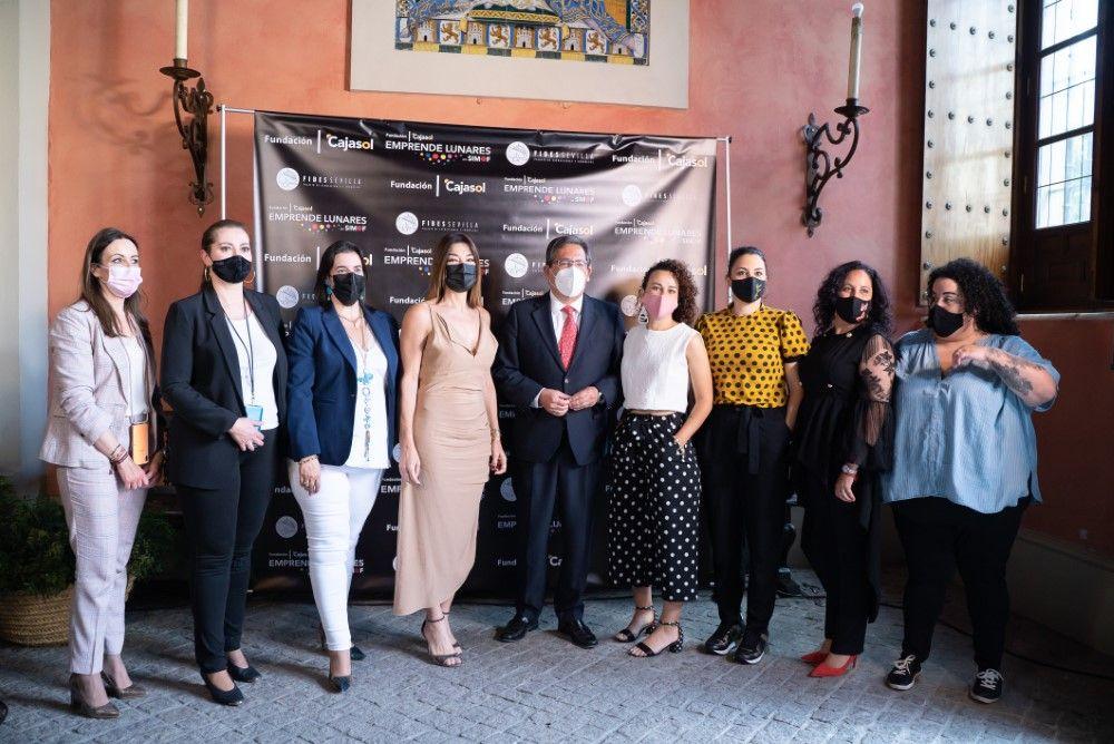 Desfiles Emprende Lunares 2021 en Fundación Cajasol