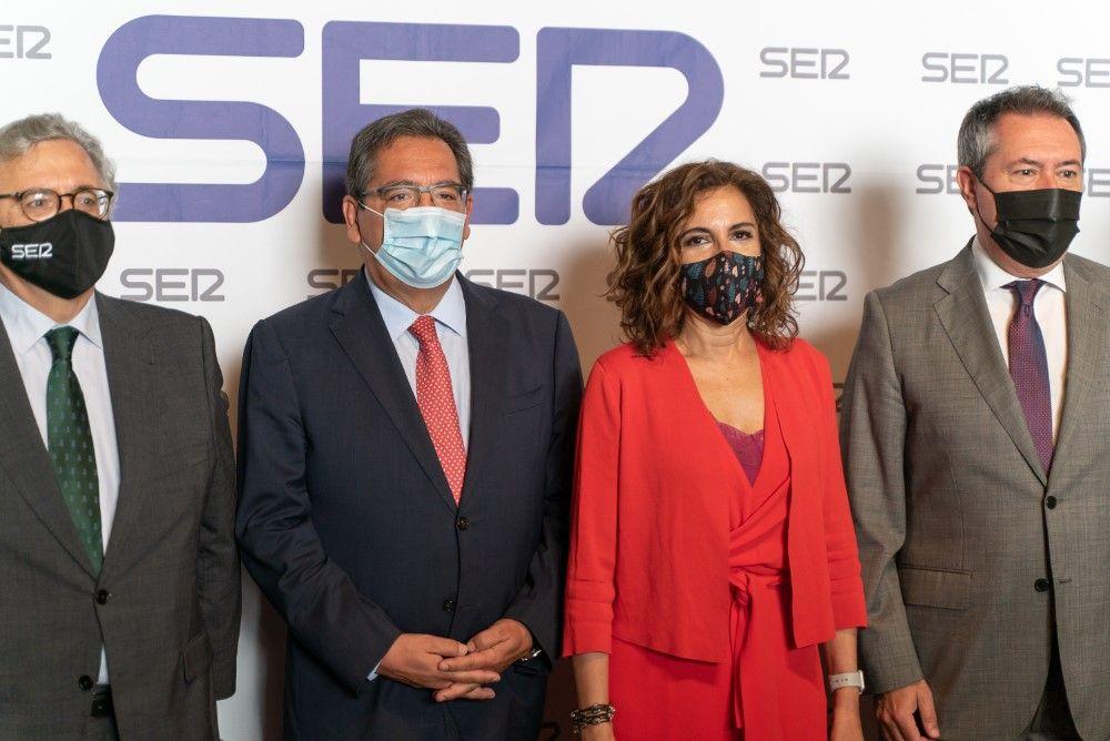Ministra de Hacienda en los Encuentros SER en Fundación Cajasol